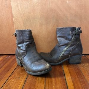 Brown Heeled Booties with Zippers